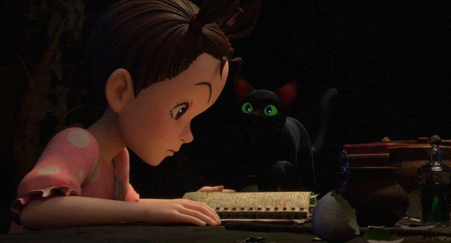 Aya et un chat noir