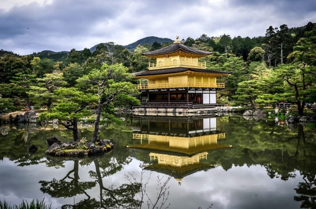 Le Kinkaku-ji (金閣寺)